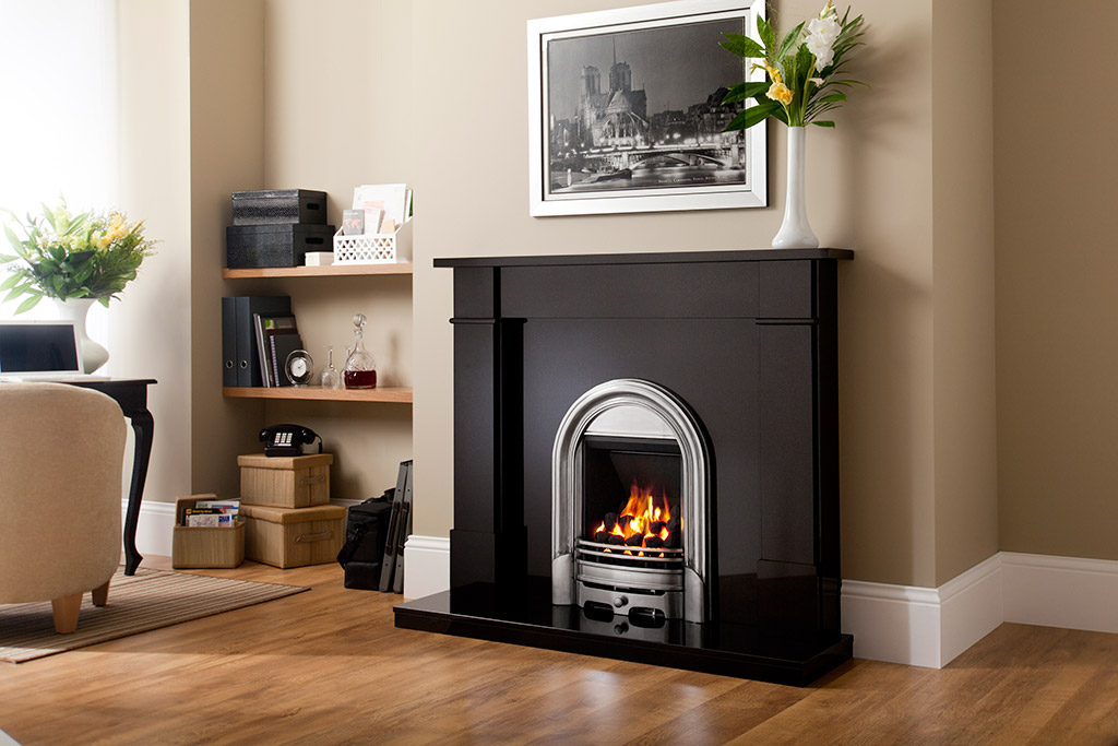 Fireplaces redditch fireplace surrounds for Fireplace surrounds for gas fires